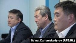 Акматбек Келдибеков, Адахан Мадумаров жана Камчыбек Ташиев