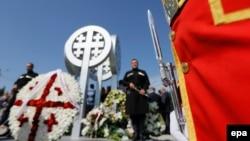 მუხათგვერდის ძმათა სასაფლაოზე პატივს მიაგებენ 2008 წელს დაღუპულ მებრძოლებს