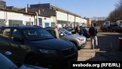 Кіроўцы праходзяць тэхагляд у Менску, архіўнае фота