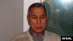 Саясат таануучу Орозбек Молдалиев.