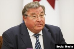 Mordovia Governor Vladimir Volkov (file photo)