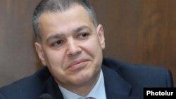 Министр-руководитель аппарата правительства Армении Давид Арутюнян (архив)