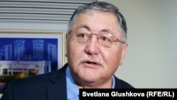 Журналист, қоғам қайраткері Рысбек Сәрсенбай.