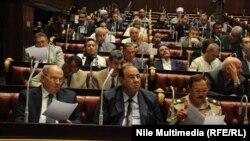 لجنة الخمسين لكتابة الدستور المصري في أحد إجتماعاتها.