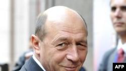 Traian Băsescu îl susține pe Emil Boc