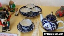 İllüstrasiya. Özbək milli çaydanı Cənubi Koreyada mədəniyyət festivalında
