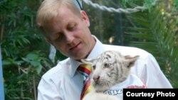 Директор ялтинского зоопарка «Сказка» и белогорского сафари-парка «Тайган» Олег Зубков