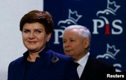 Premierul Beata Szydlo cu Jaroslaw Kaczynski, liderul PiS