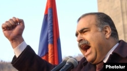 Armenia -- Opposition leader Raffi Hovannisian.