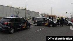 Իսպանիայի ոստիկանությունը հատուկ գործողության ժամանակ, արխիվ