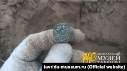 Монета, знайдена на розкопках поблизу Перекопського валу