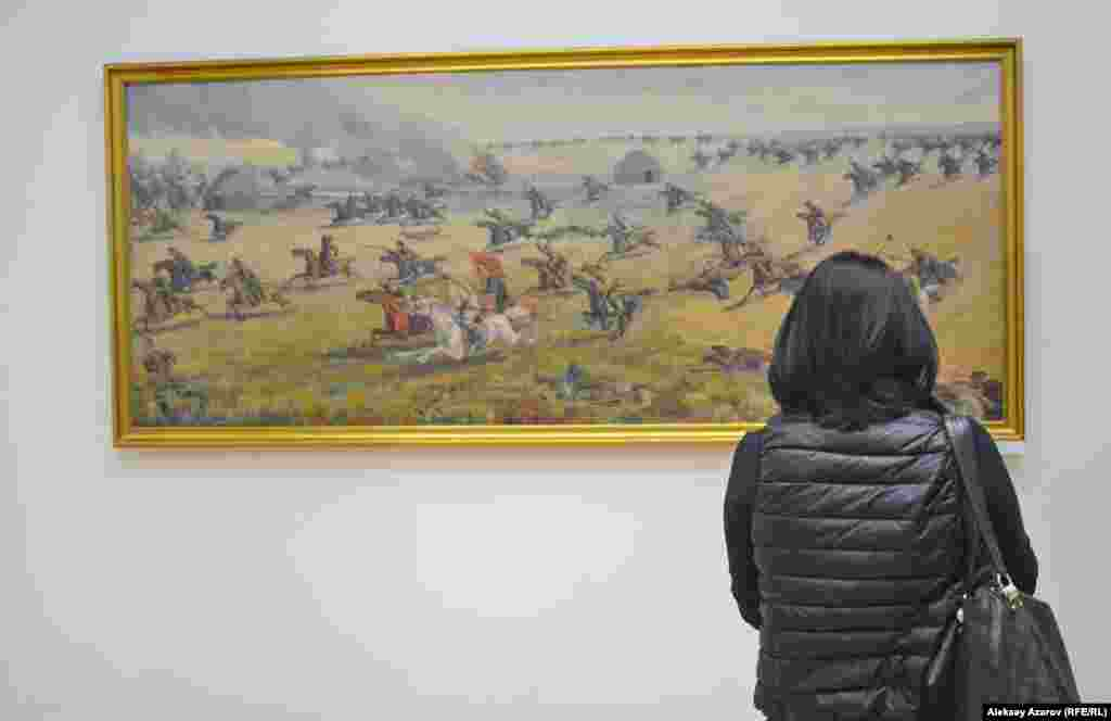 Не замечена на выставке и одна из самых известных работ Абильхана Кастеева – портрет Амангельды Иманова 1950 года. Но есть несколько его работ, воссоздающих эпизоды его боевой деятельности. Самая впечатляющая – картина «Атака Амангельды».