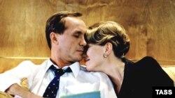 "scena iz filma ""Poljubi me nezvanično"""