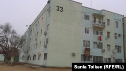 Жаңаөзен оқиғасы туралы Saule540 видеосы түсірілді делінетін 33-үй. Жаңаөзен, 10 желтоқсан 2012 жыл.