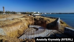 Саки, будівництво набережної, архівне фото