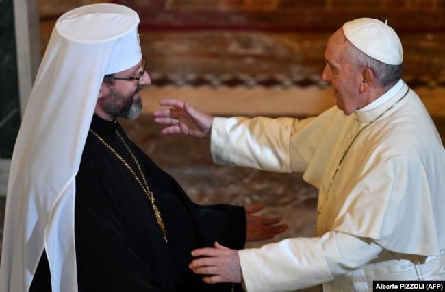 На зустрічі в Римі у Базиліці Святої Софії глава УГКЦ Святослав Шевчук і папа Римський Франциск, 28 січня 2018 року