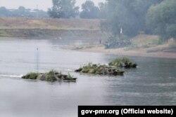 În timpul aplicațiilor GOTR pe râul Nistru, august 2016
