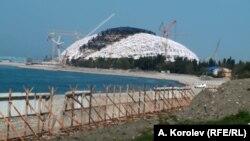 Уникальный Имеретинский пляж после вторжения строителей. Фото Андрея Королева