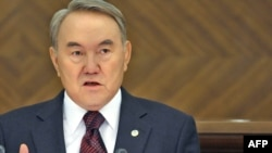 Kazakh President Nursultan Nazarbaev delivers his speech in Astana.