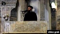 أول تسجيل يظهر زعيم الدولة الإسلامية في العراق والشام (داعش) في جامع النوري في الموصل
