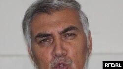 د افغانستان د سوداګرۍ او صنايعو د خونې مرستيال خان جان الكوزي وویل که حالات په همدې توګه دوام وکړي سوداګرو ته له هېواده د تېښتې پرته بله لاره نه پاتې کېږي.