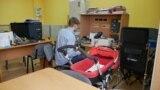 Сибирские ученые разработали самоходную детскую коляску