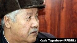 Алмаз Игіліковтың әкесі Мұрат Игіліков. Алматы, 18 қаңтар 2012 жыл.