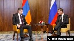 Հայաստանի և Ռուսաստանի վարչապետերը, արխիվ