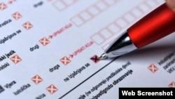 Popunjavanje formulara prilikom popisa, ilustrativna fotografija