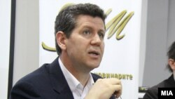 Претседателот на Здружението на новинарите на Македонија, Насер Селмани.