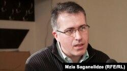 სერგო ჩიხლაძე, მედიცინის დოქტორი, ჯანდაცვის პოლიტიკისა და მართვის სპეციალისტი, GSAC-ის ექსპერტი