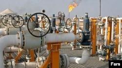 ایران برای سر پا نگاه داشتن صنعت نفت خود به میلیاردها دلار سرمایهگذاری خارجی نیاز دارد.