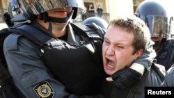 Пока петербургская полиция далека от толерантности