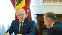 Președintele Igor Dodon și premierul Ion Chicu la obișnuita discuție de luni, la care participă și lidera Parlamentului, Zinaida Greceanîi, mai 2020.