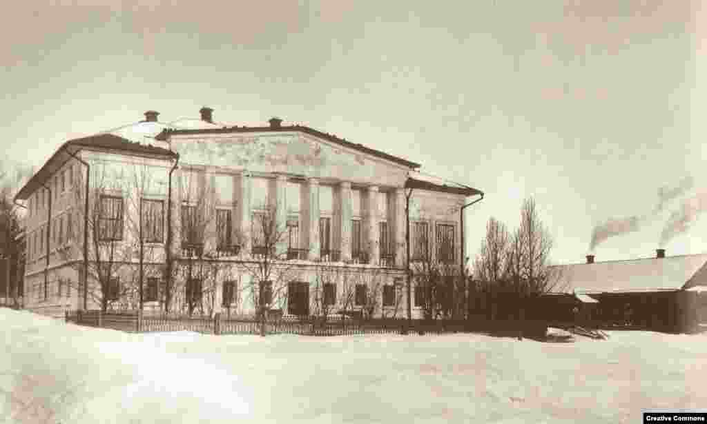Tolstoy's childhood home in Yasnaya Polyana. The family estate is about 200 kilometers south of Moscow.