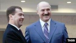 Дмитрий Медведев и Александр Лукашенко в Минске, 27 ноября 2009 г