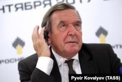 """Герхард Шредер, недавно избранный председателем совета директоров """"Роснефти"""""""