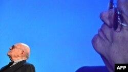 Франческо Рози в 2012 году, когда он получил почетного Золотого льва в Венеции за вклад в развитие кинематографа