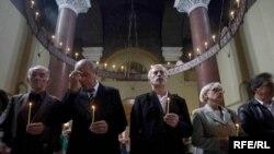 Beograd-Pomen žrtvama u crkvi Svetog Marka