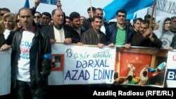 "ВО время митинга оппозиции на ""20-м участке"", Баку, 8 апреля 2012"