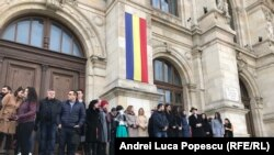 GALERIE FOTO. Magistrații au ieșit din nou la protest