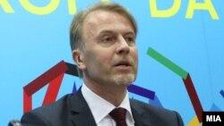 Евроамбасадорот Аиво Орав