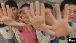 در سال۸۴ ، حدود هشت هزار خشونت خانگی ثبت شده که ۱۰۰۰ مورد آن کودک آزاری بوده است.