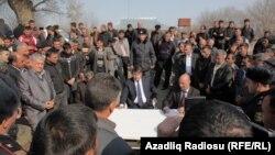 Sabirabadda İH nümayəndələriylə görüş (Foto Arxiv)