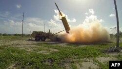 Sistemi i mbrojtjes raketore THAAD, i SHBA-së