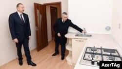 İlham Əliyev yeni binada
