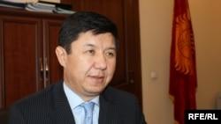 Министр Сариев