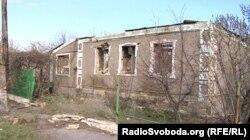 Зруйнований будинок у Новокатеринівці