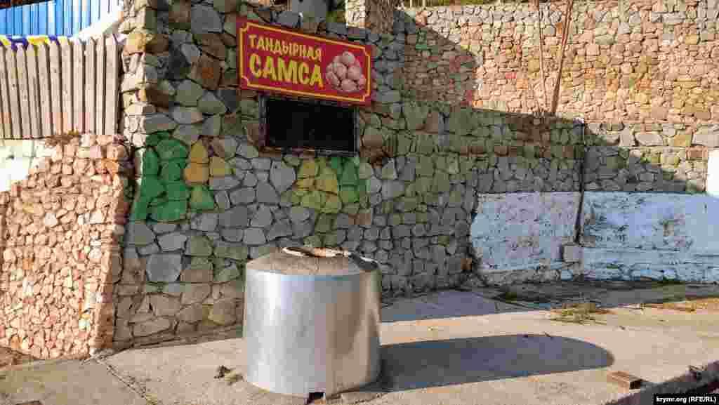 Заведения на набережной закрыты до начала туристического сезона