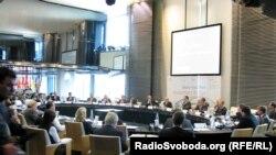Державне агентство з інвестицій та управління національними проектами України організувало засідання у Лондоні, 31 жовтня 2011 року